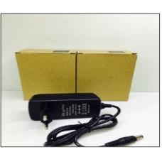 Блок LP-24 5V 3A =3A V8 mikro